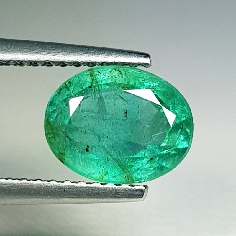 2.25 ct  Excellent Gem Beautiful Oval Cut Natural Emerald