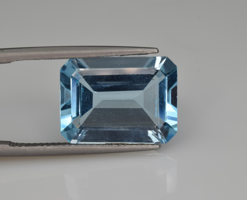 Natural Sky Blue Topaz 10.75  Cts Good Luster