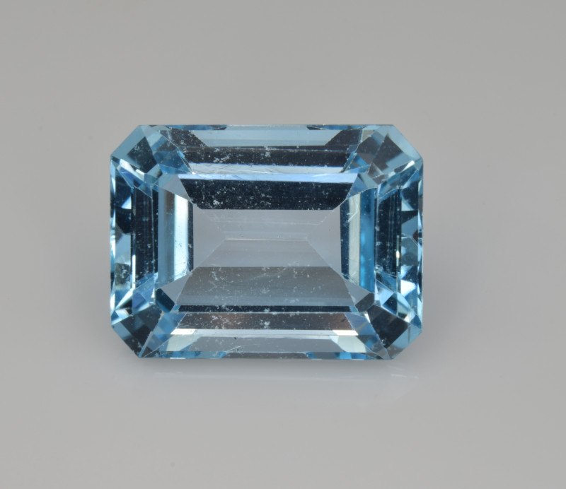 Natural Sky Blue Topaz 15.70  Cts Good Luster