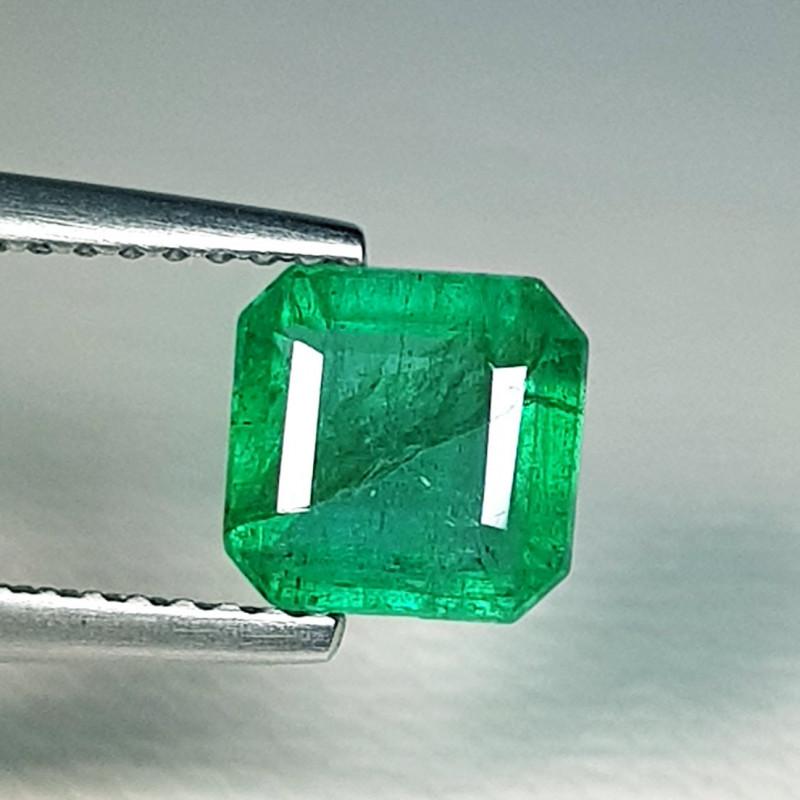 1.51 ct  Top Grade Gem Amazing Square Cut Natural Emerald