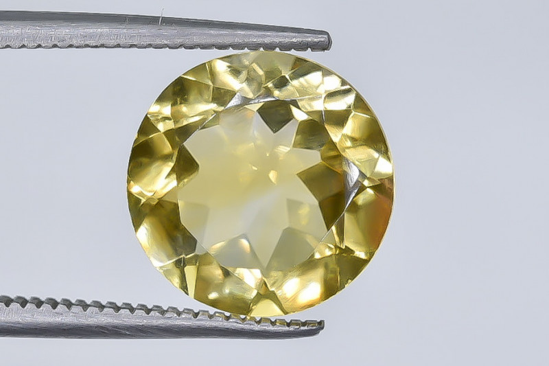 4.00 Crt  Citrine  Faceted Gemstone (Rk-32)