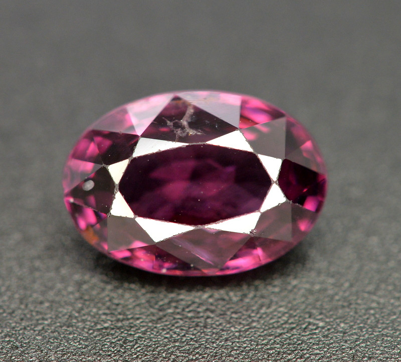 2.50 Carat Natural Top Quality Burma Spinel Gemstone