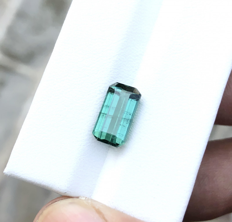 3.50 Ct Natural Blueish Transparent Tourmaline Gemstone
