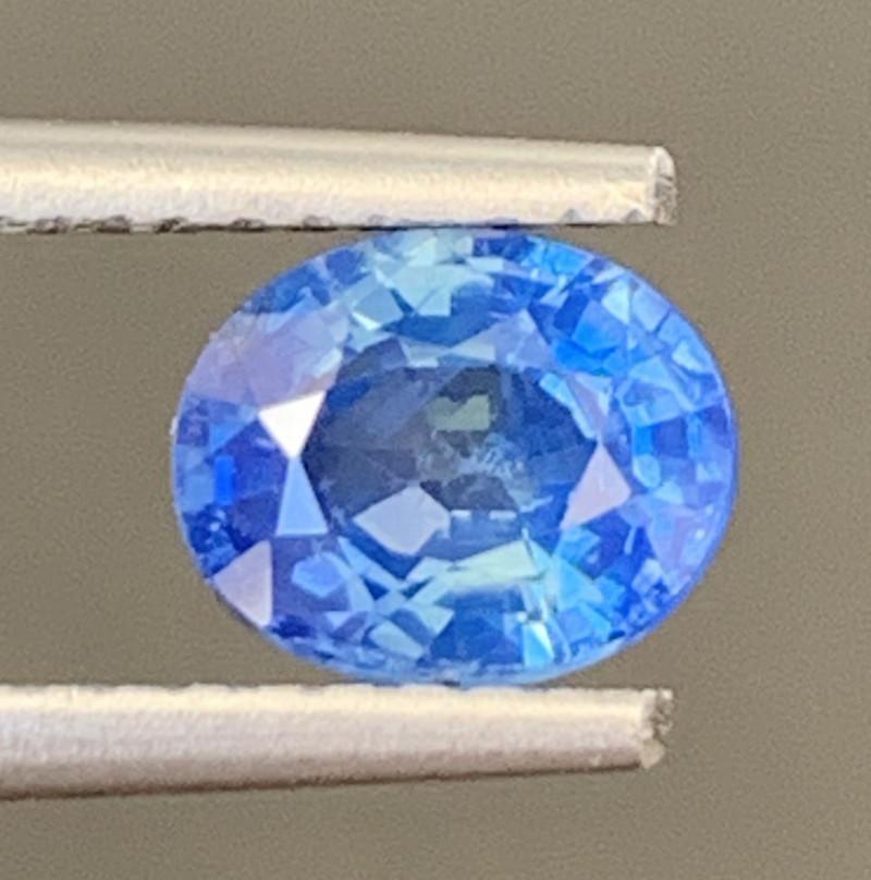 1.15 Carats Sapphire Gemstone