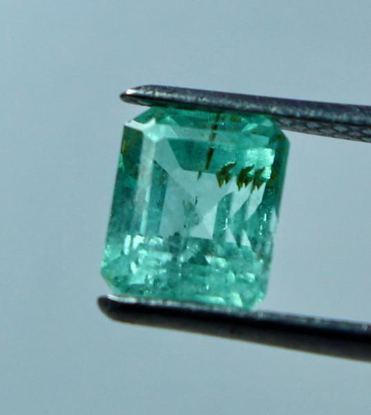 1.00 CT Natural - Unheated Green Fluorite Gemstone
