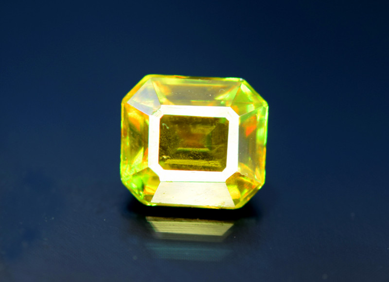 Sphene Titanite, 1.65 CT Natural Full Fire Sphene Titanite Gemstone