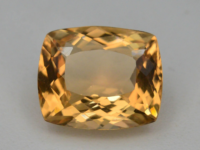 1.60 Ct Natural Heliodor AAA Grade Yellow Color
