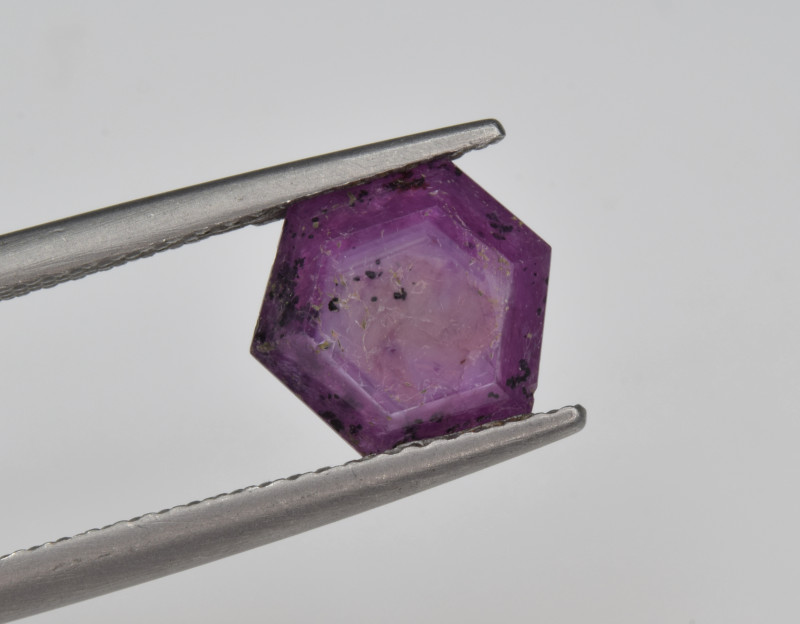 Natural Ruby 2.06 Cts with Hexagonal Pattern from Guinea