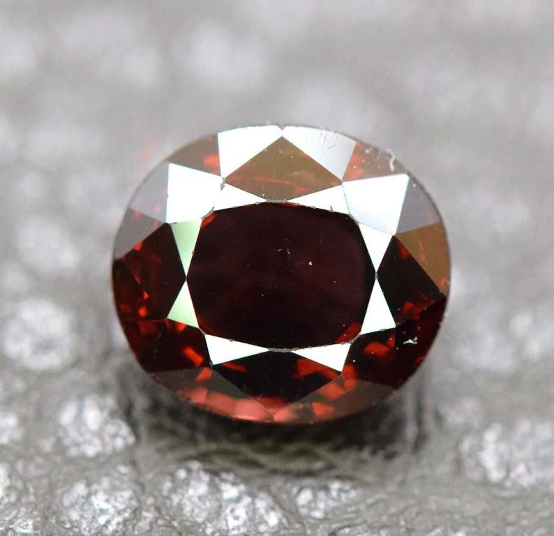 2.55 Carats Natural Spinel Gemstone From Africa