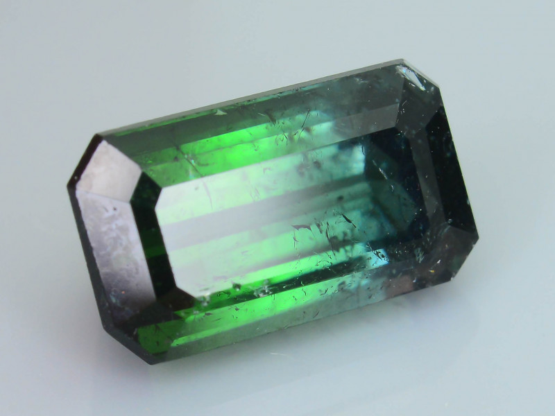 Nice Color Seperation 4.28 ct Bi Color Tourmaline SKU.15