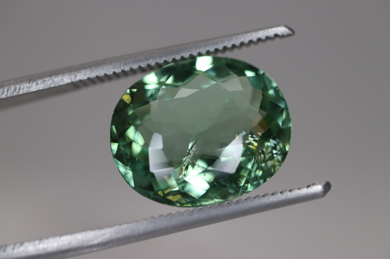 #115 5.25CT CERTIFIED LAGOON GREEN