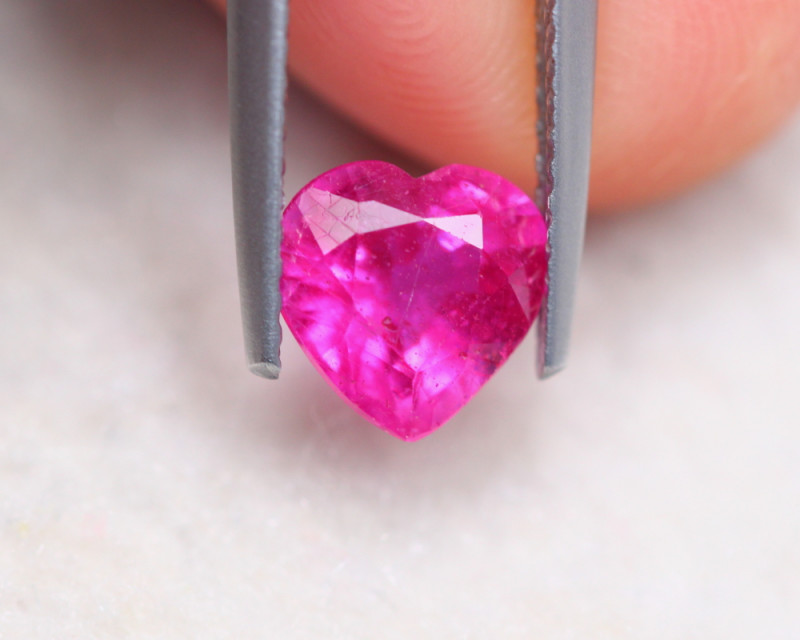 1.75Ct Ruby Heart Cut Lot LZ6182