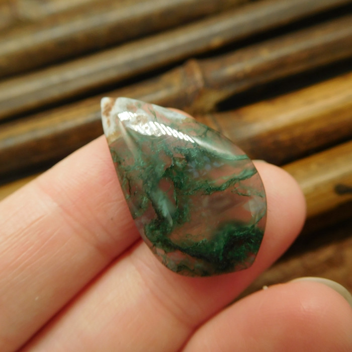 Green moss agate cabochon (G2078)