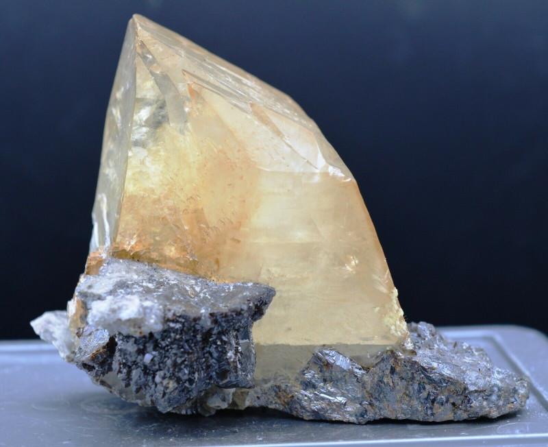 Calcite terminée et Sphalerite 482 grammes - Elmwood Mine, Tennessee, USA