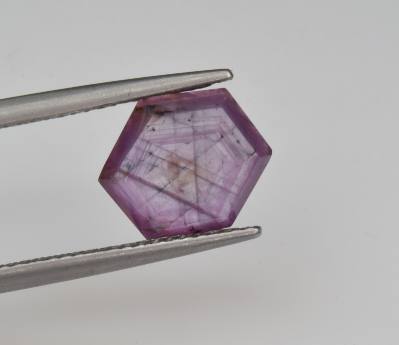 Natural Ruby 3.29 Cts with Hexagonal Pattern from Guinea