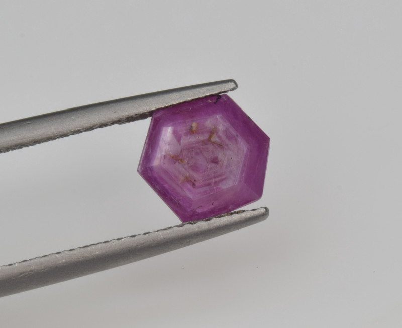 Natural Ruby 1.56 Cts with Hexagonal Pattern from Guinea