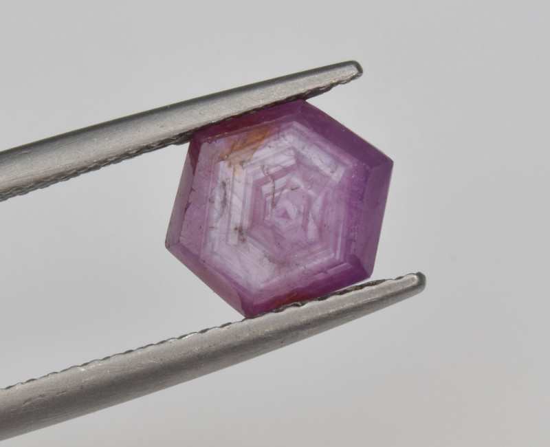 Natural Ruby 2.54 Cts with Hexagonal Pattern from Guinea