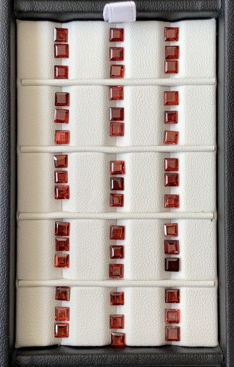 19 Carats Rhodolite Garnet  Gemstones Parcel