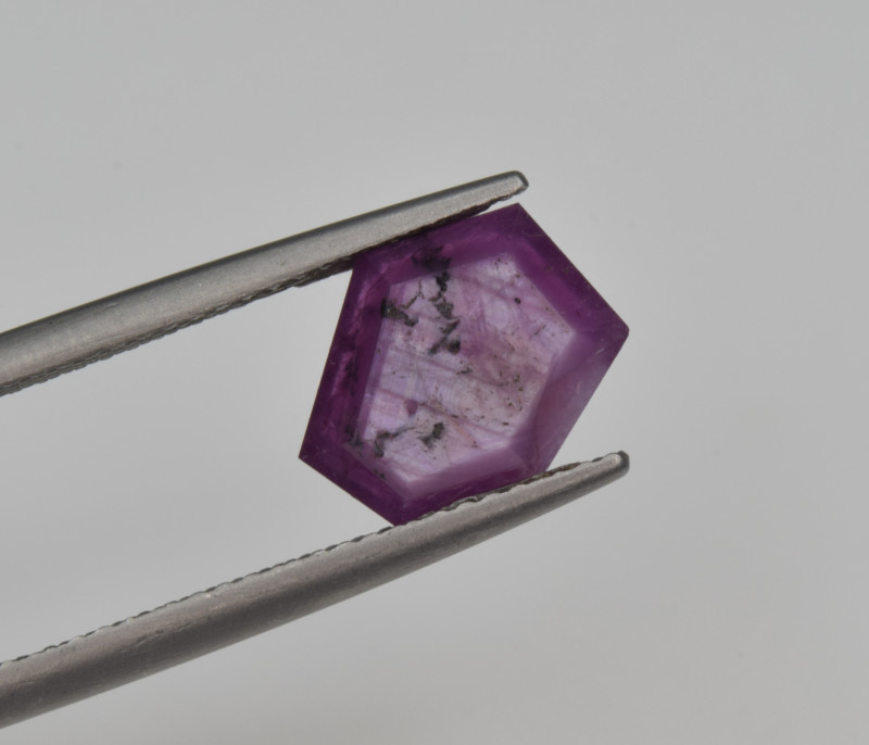 Natural Ruby 2.85 Cts with Hexagonal Pattern from Guinea