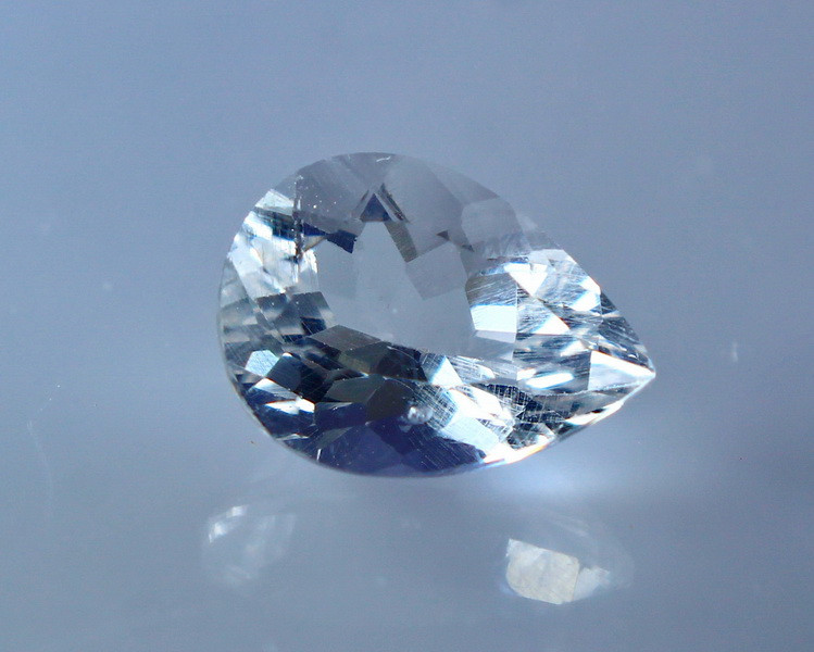 2.35 Cts Natural & Unheated White Kunzite Gemstone