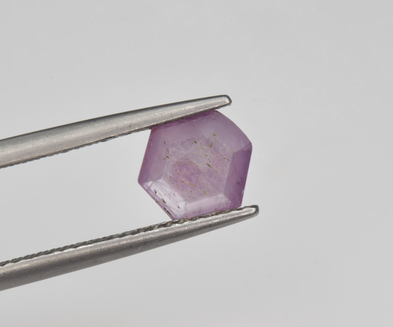 Natural Ruby 1.19 Cts with Hexagonal Pattern from Guinea