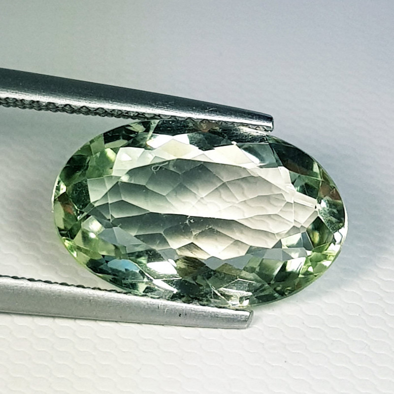 5.05 ct Top Quality Gem  Oval Cut Natural Green Amethyst