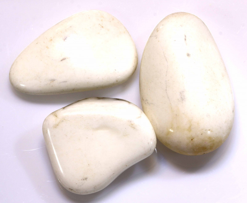 75cts Howlite Tumbled Stones ADG-431