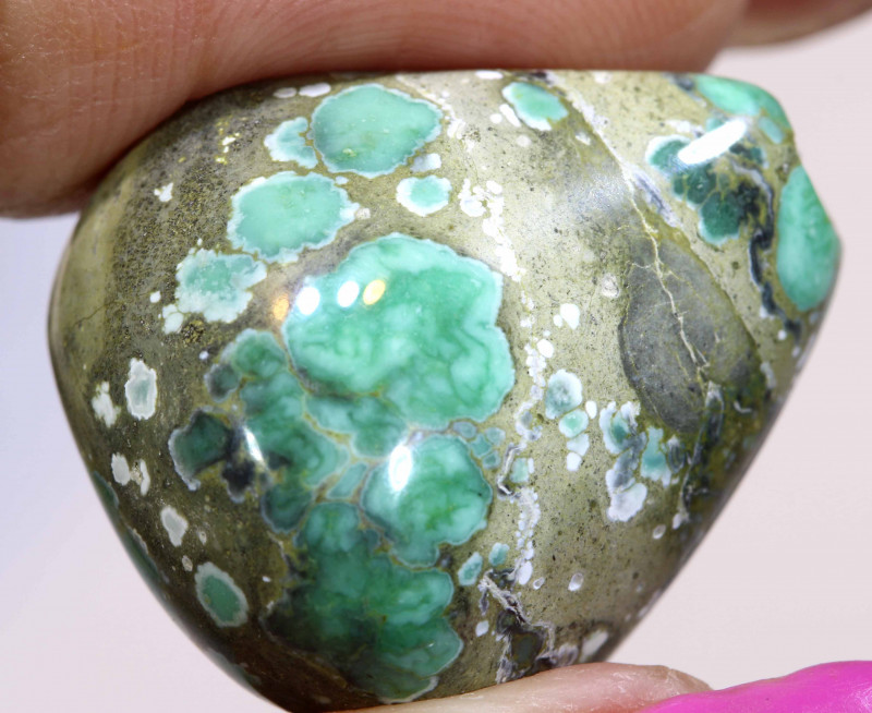 36CTS BLUEBOY VARISCITE CLAM PSEUDOMORPH TOP DRILLED TBG-3498