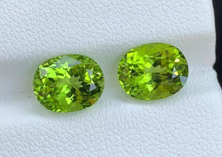4.96 ct Natural Green Peridot