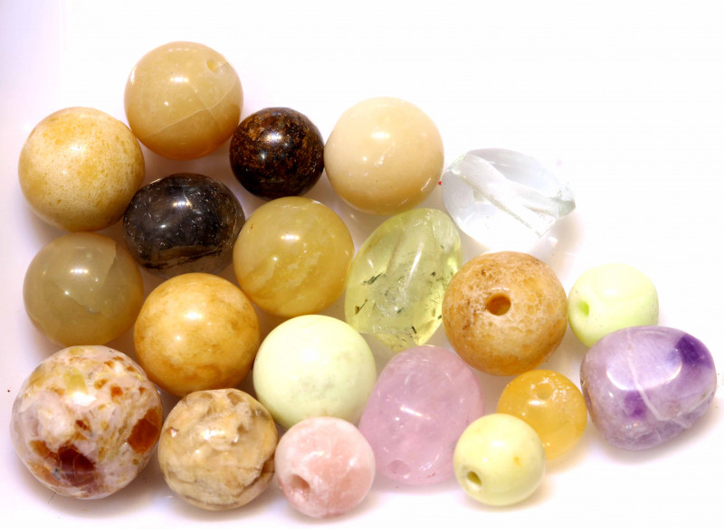 56 CTS  ASSORTED NATURAL STONE (PARCEL) DRILLED NP-569