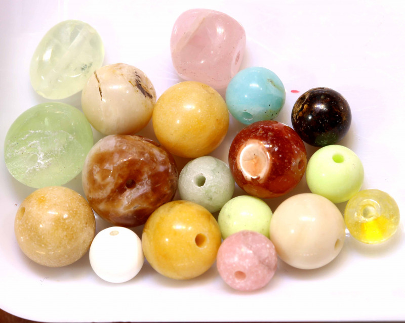 55CTS ASSORTED NATURAL STONE (PARCEL) DRILLED  NP-570