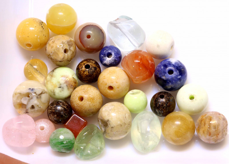 76 CTS ASSORTED NATURAL STONE (PARCEL) DRILLED NP-579