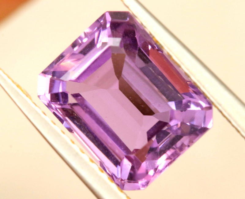 3.31 CTS AMETHYST FACETED STONE CG-3177