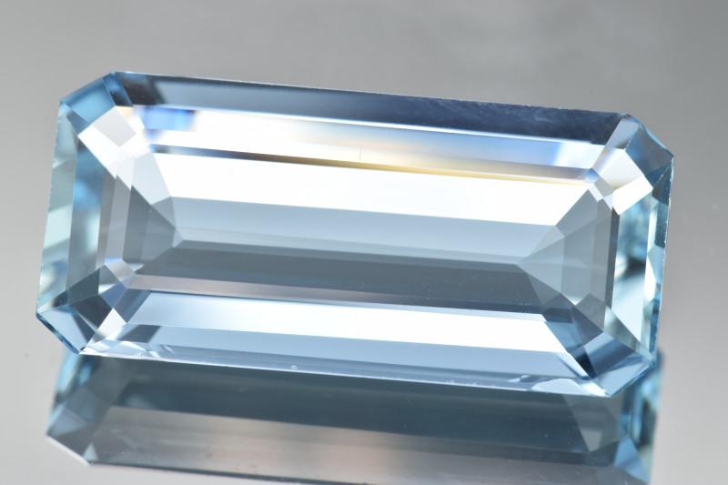 Natural Aquamarine 15.25 Cts Top Quality Gemstone