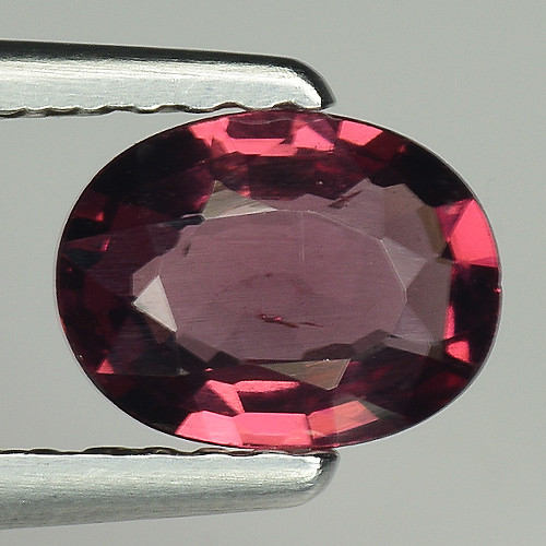 0.72 CT GRAPE GARNET TOP LUSTER GEMSTONE G1