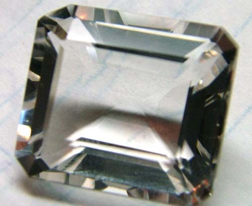 FACETED CRYSTAL QUARTZ NATURAL  18CTS AS-302