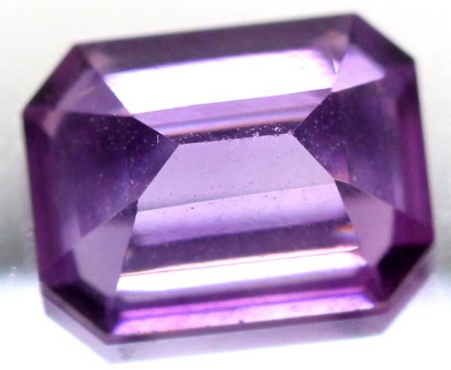 AMETHYST FACETED STONE 1.40 CTS CG - 69