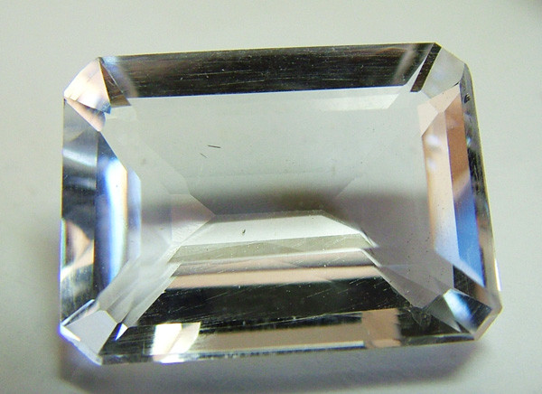 FACETED CRYSTAL QUARTZ NATURAL 11 CTS AS-573