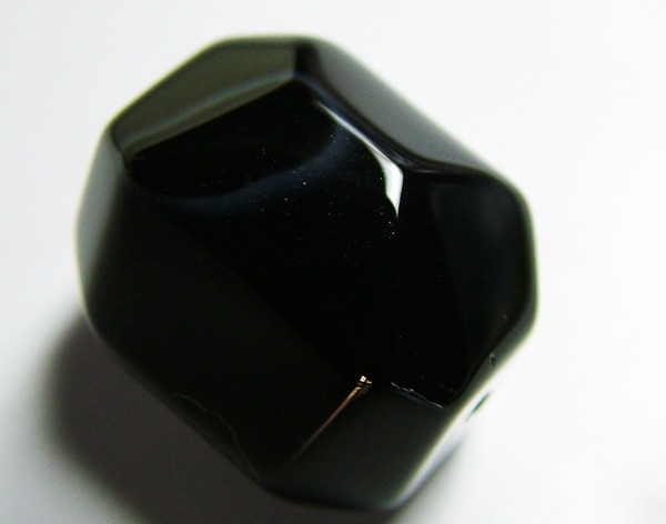 BOSTWANA BLACK AGATE FACETED BEAD DRILLED 48 CTS AS-586