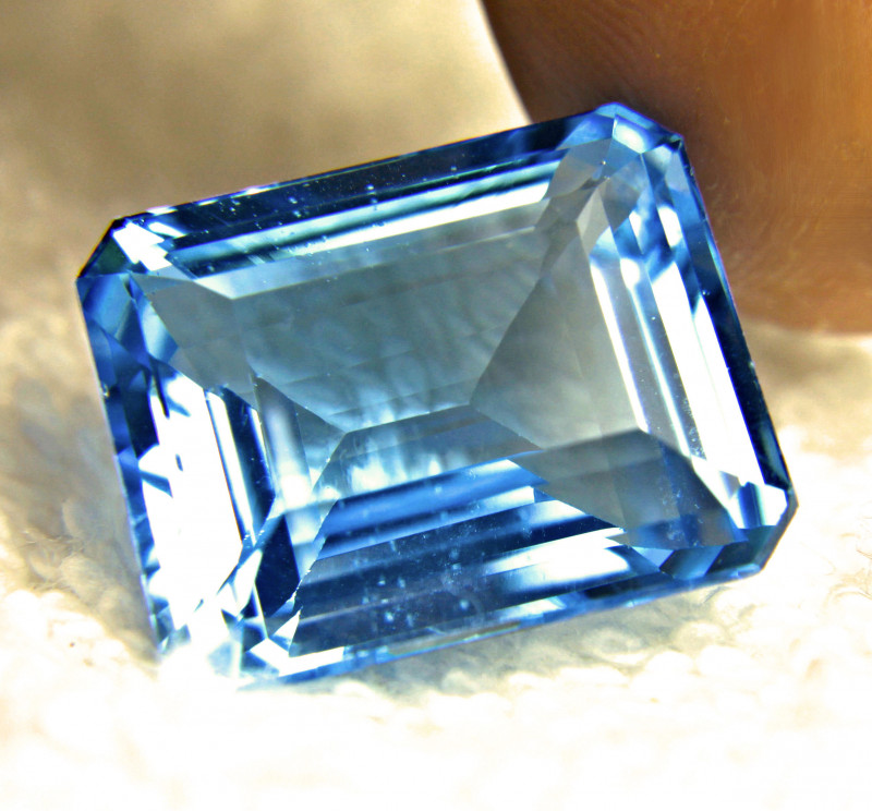 41.51 Carat Vibrant Blue Brazilian VVS Topaz - Gorgeous