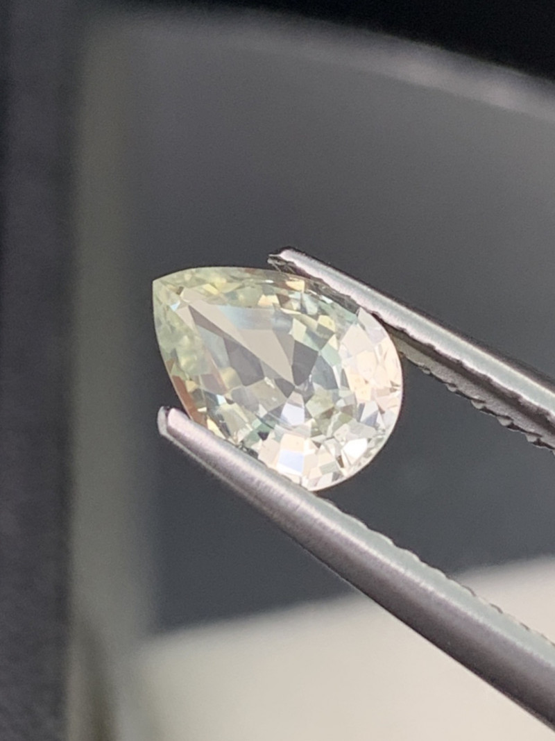 Certified Sapphire Natural 1.16 Cts Unheated/Untreated Light Yellow VVS
