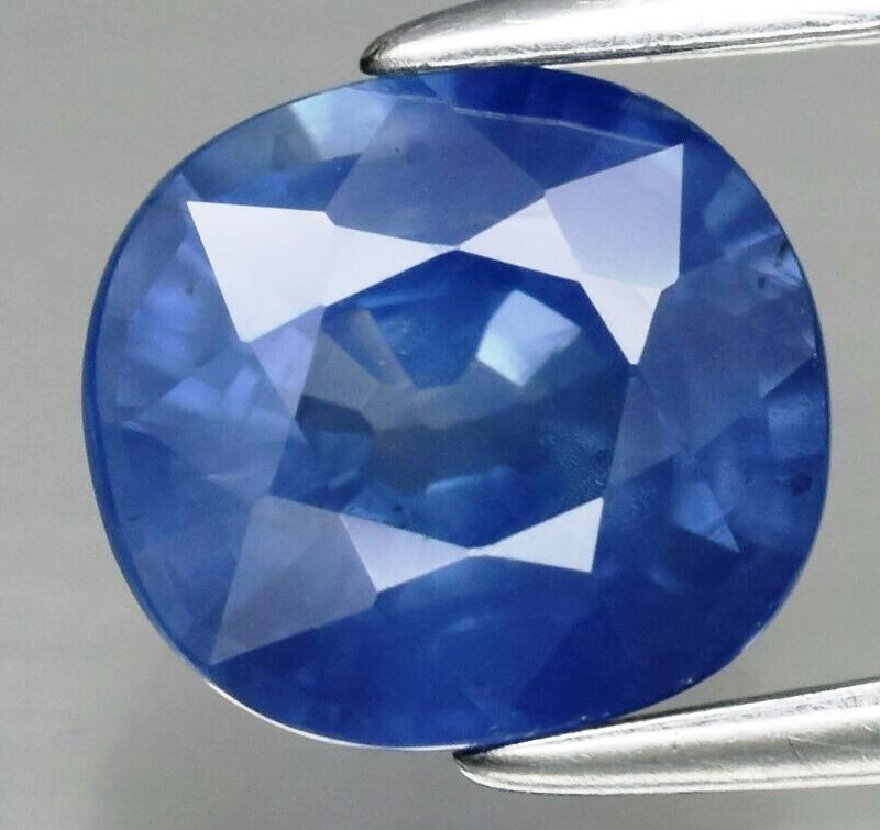 1.81ct 7x6.5mm 100% Natural Earth Mined  Blue Sapphire Africa