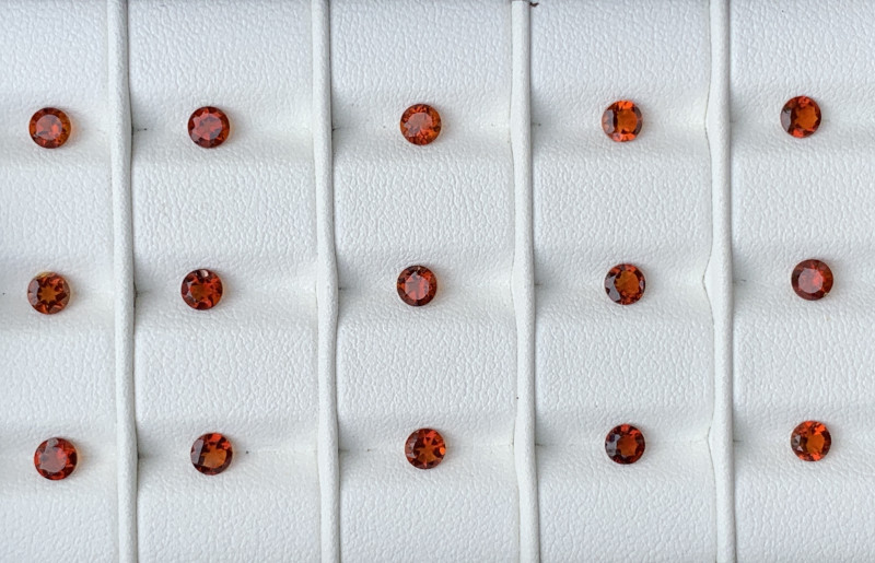 3.55 acarats Mandarin Garnet  GemstoneS