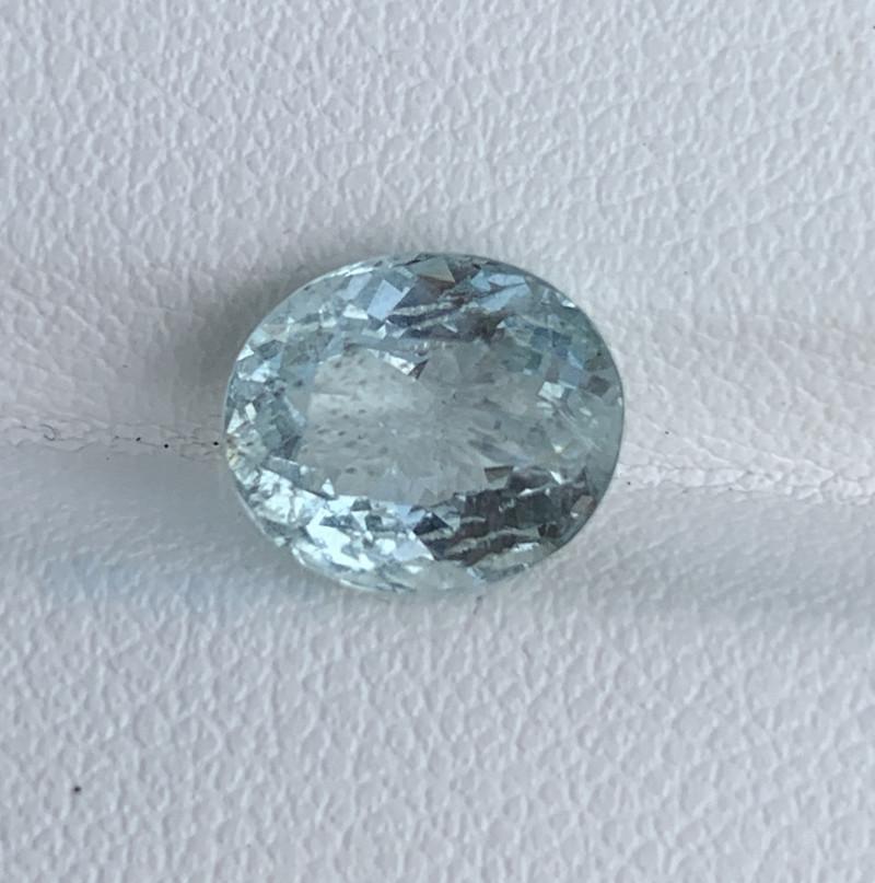 2.35 Carats Aquamarine Gemstone