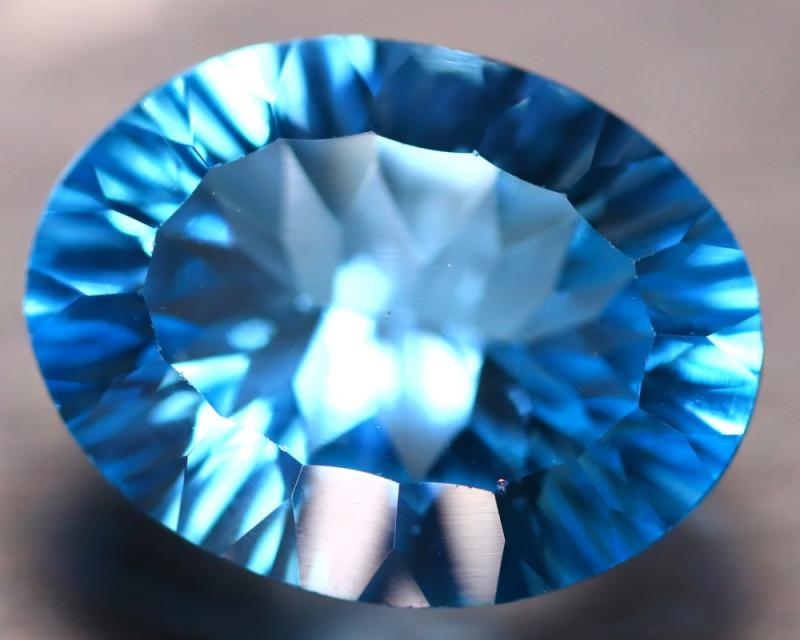 Sky Topaz 17.30Ct Natural VVS Sky Blue Topaz D3014/A48
