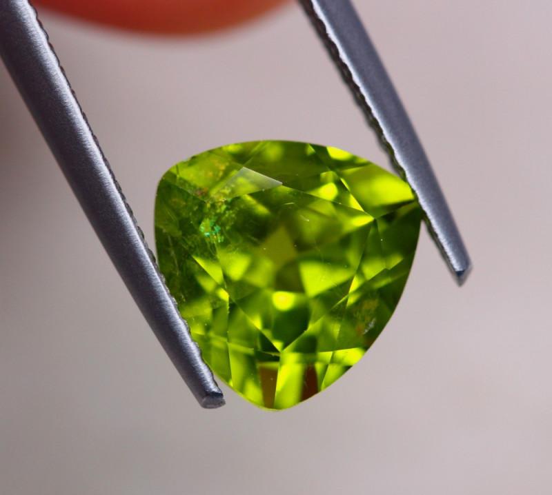 3.05Ct Natural Green Peridot Trillion Cut Lot LZ6531