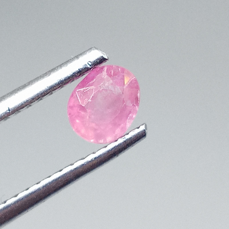 0.62ct Padparadscha  Sapphire , 100% Natural Untreated Gemstone