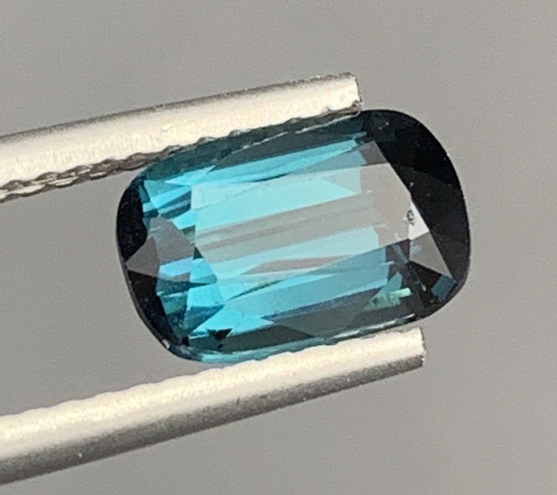 1.52 Carats Indicolite Tourmaline Gemstone