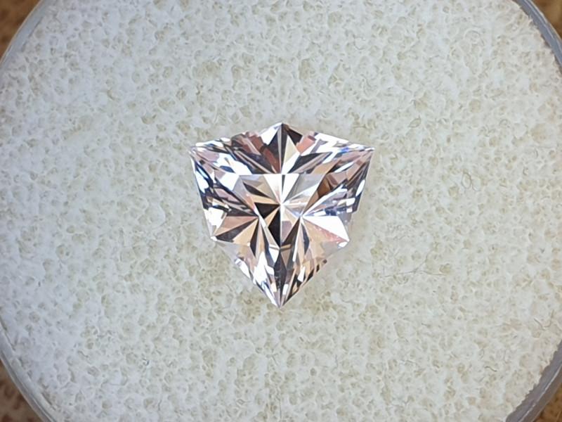 2,52ct Pink Morganite - Master cut!