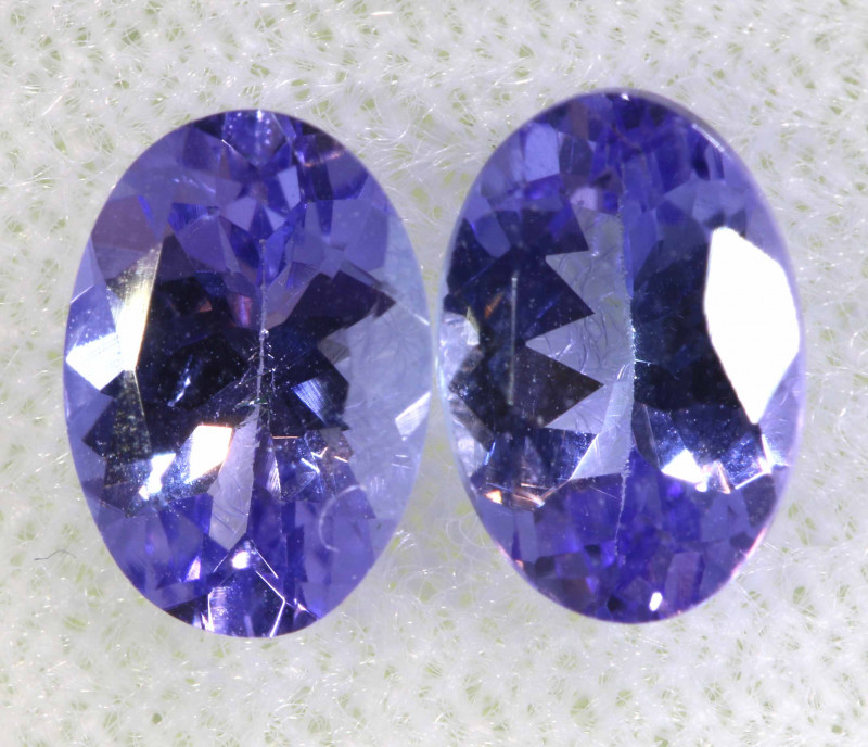 1.70CTS  TANZANITE  FACETED  STONE MATCHED PAIR  PG-3457